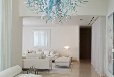 03 - Taylor Interiors stunning modern entrance hall with bespoke chandelier Andratx Mallorca