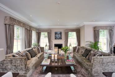 2-Ascot-living-room-interior-design-taylor-interiors