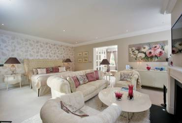 4-Ascot-interior-design-bedroom-taylor-interiors
