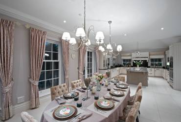 4-Villa-Ascot-contemporary-kitchen-taylor-interiors-interior.jpg