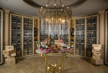 Villa Gallici. Luxury private wine room.