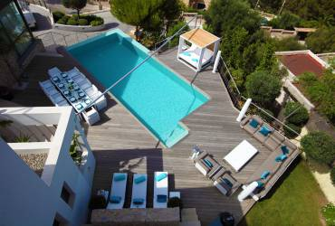 Ariel view of the modern contemporary outdoor area