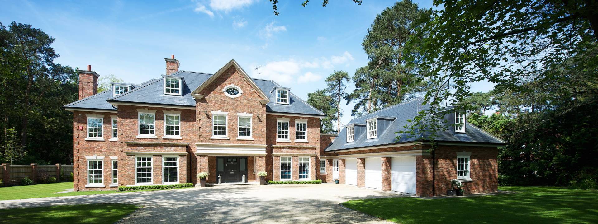 Contemporary Villa, Ascot